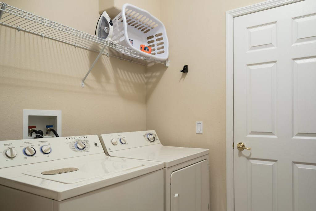 Convenient fully equipped laundry room