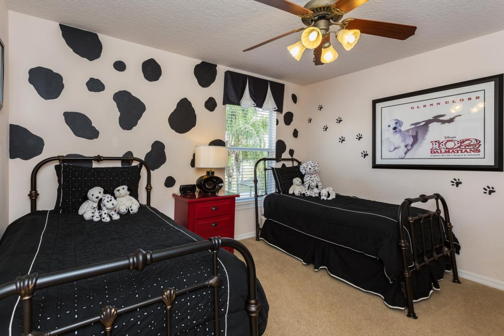 Delightful upstairs 101 Dalmatians-themed twin bedroom 5
