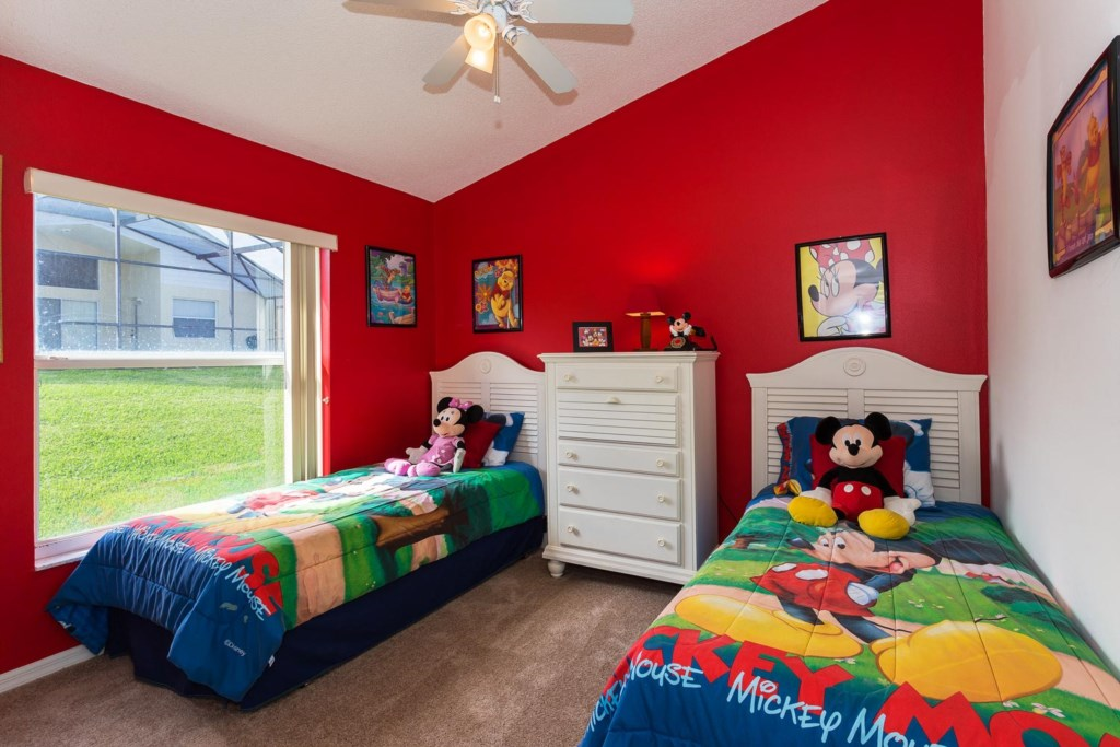 Fun twin bedroom 3 with Disney decor