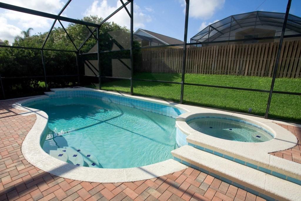 8064ICIC-exterior-pool-2009-07-22_001