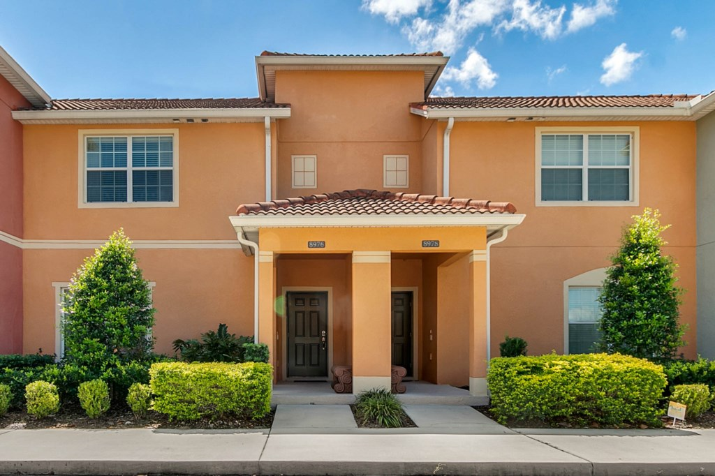 8976-Majesty-Palm-Rd--Kissimmee--FL-34747----01-Edit.jpg