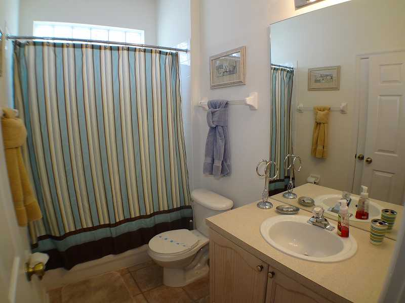Kissimmee Vacation Home Rental | WP8112 Bathroom 2| Champion Villas