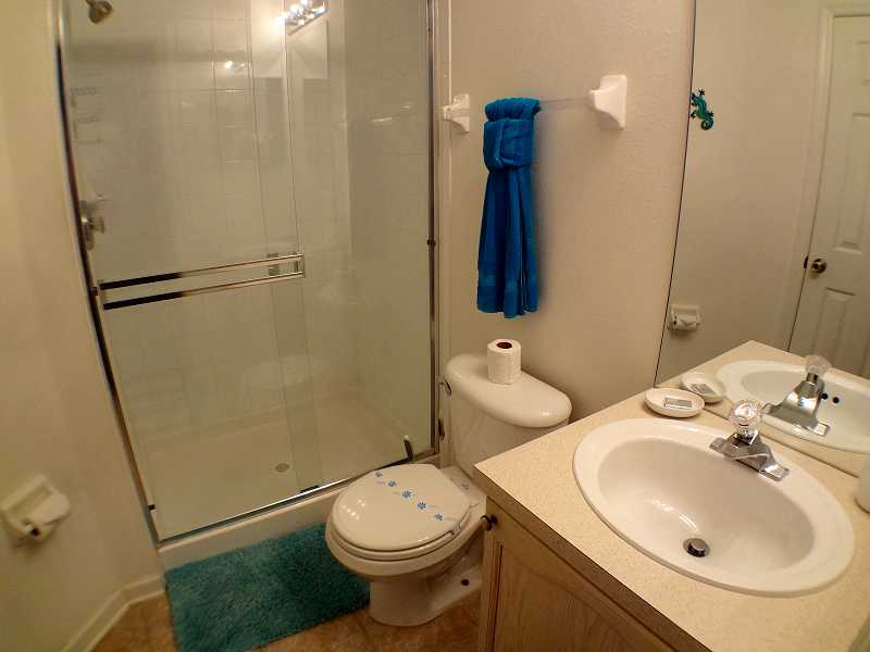 Kissimmee Vacation Home Rental | WP8112 Bathroom 2b| Champion Villas