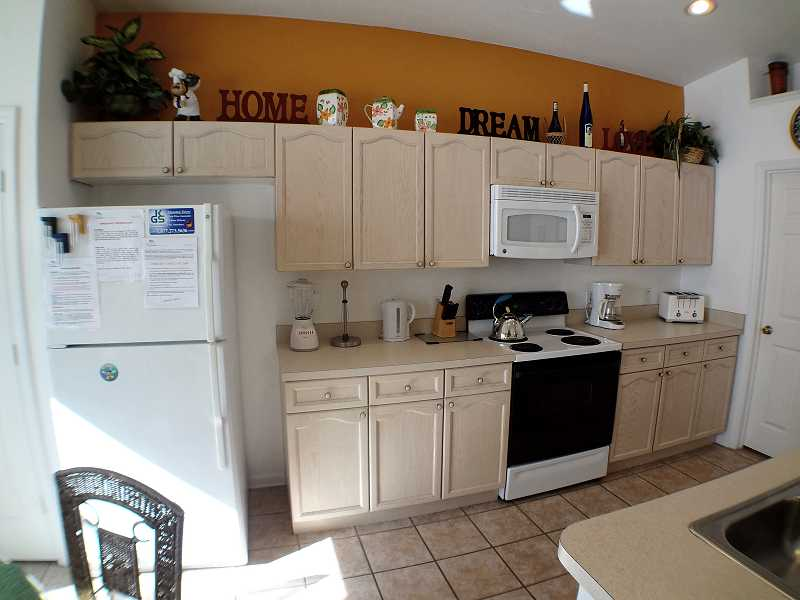 Kissimmee Vacation Home Rental | WP8112 Kitchen a| Champion Villas