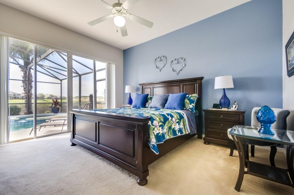 Vacation Villa Front Lake spa 5 bedrooms