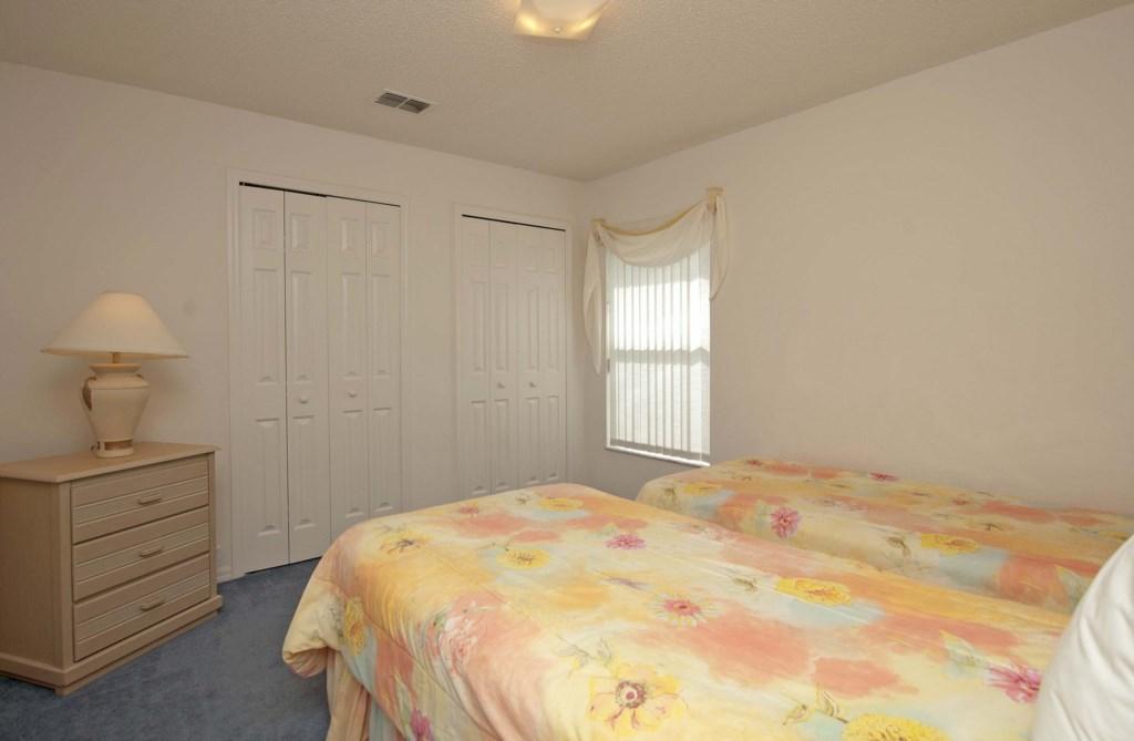 Bedroom 22.jpg