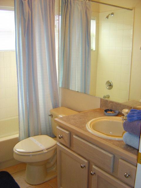 2303-bath.jpg