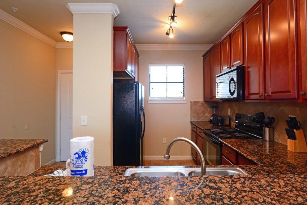 09 Kitchen2.jpg