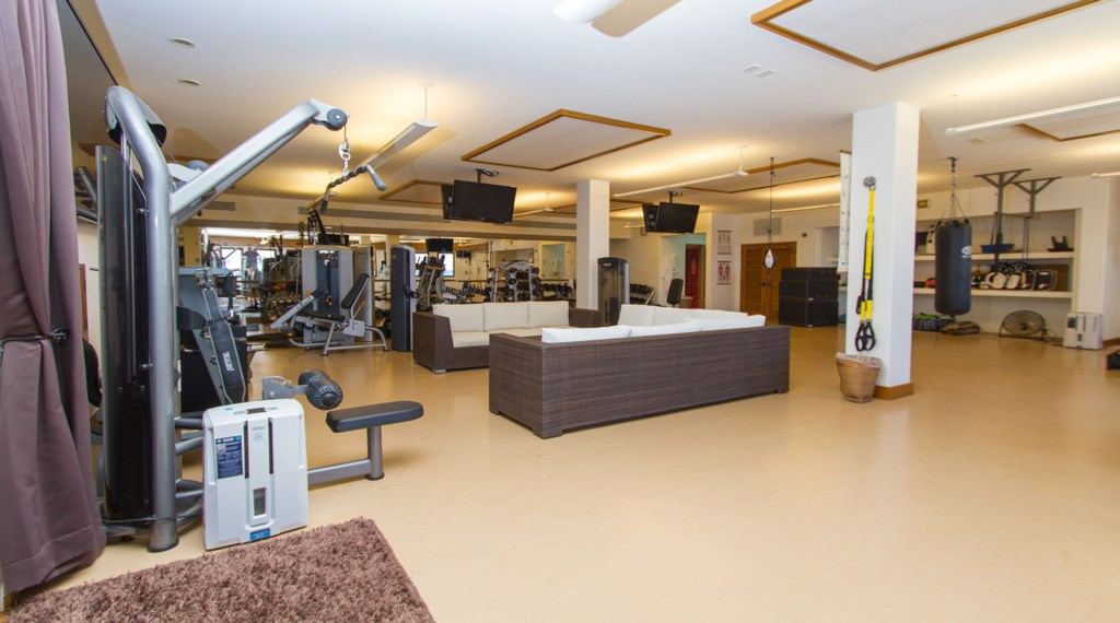 Casa-Edwards-Gym-2.jpg