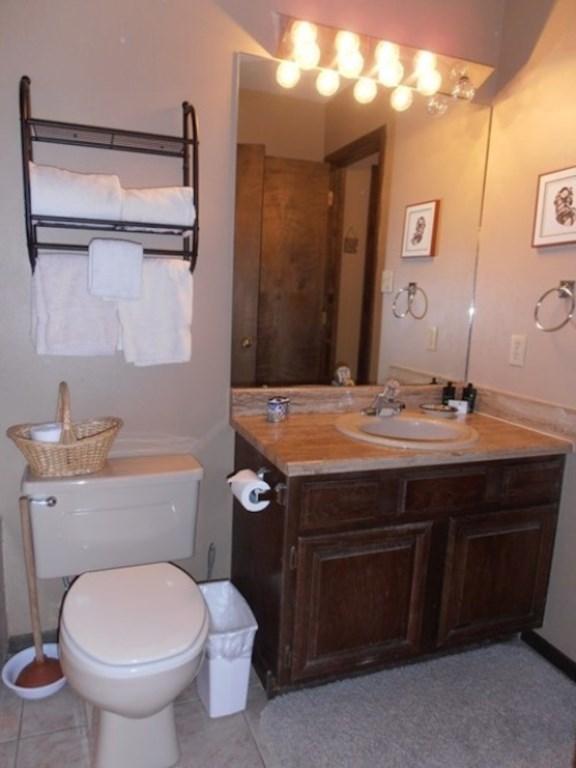 Bathroom 1 View 2