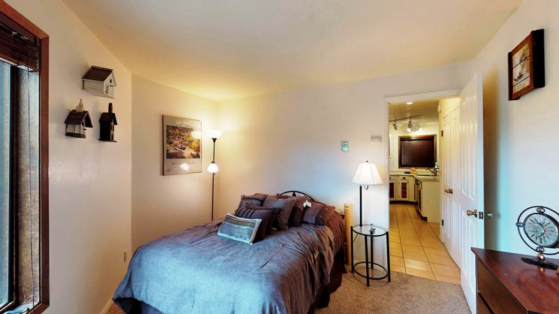 bedroom off kitchen2.jpg