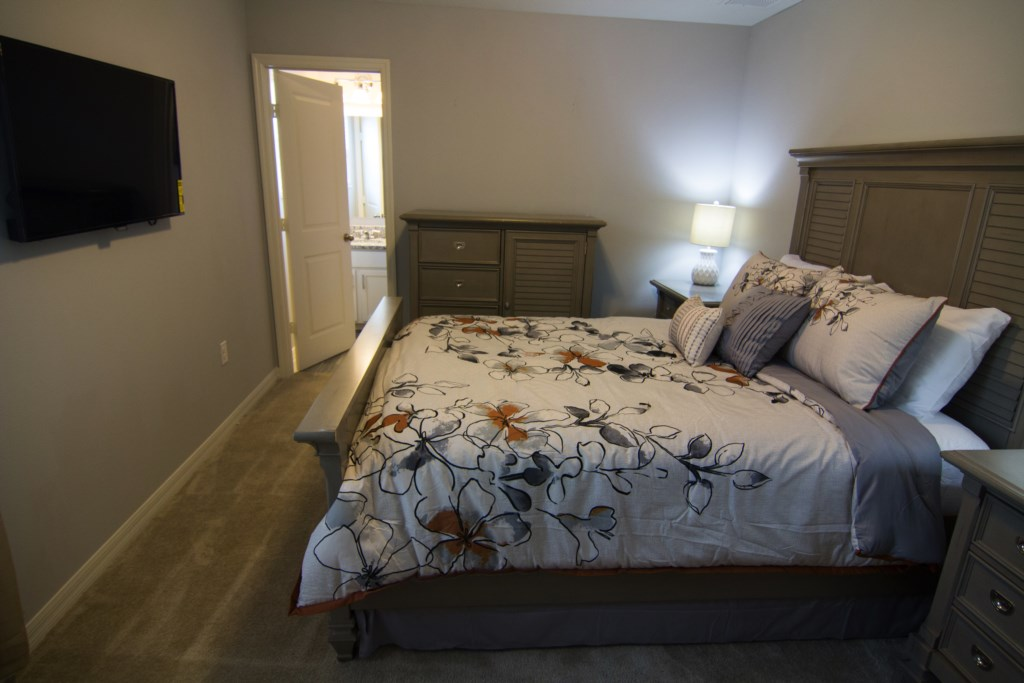 Second Master Bedroom With Private Bathroom