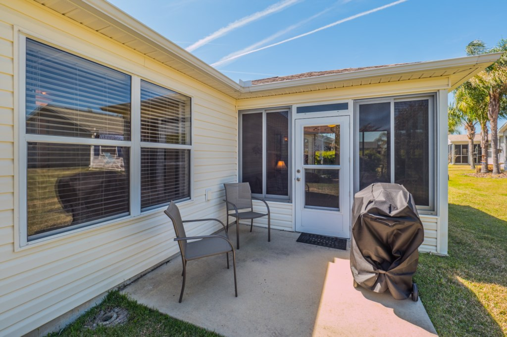 Open Patio with Grill