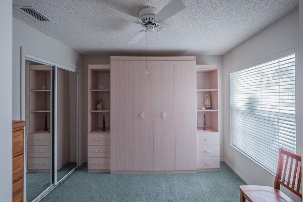 Guest Bedroom - Queen Size Murphy Bed