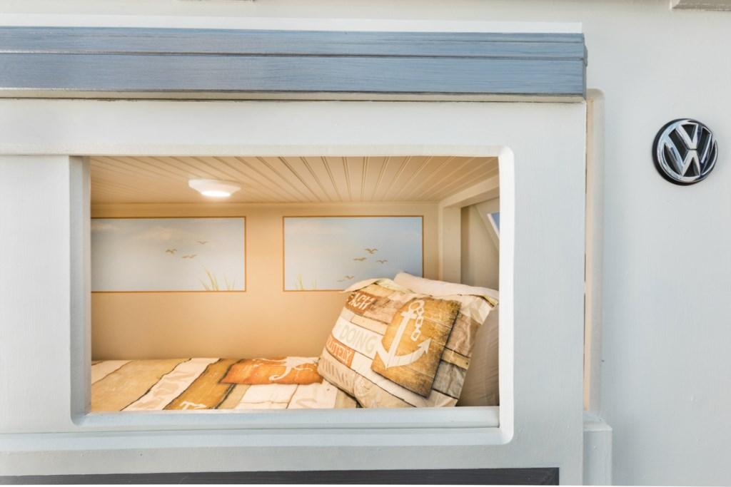 Bedroom5-3