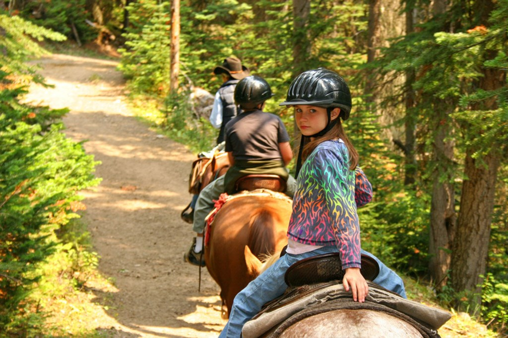 Riding+Trails+On+Horseback+Offers+Transformative+Experience+For+Everyone (1).jpg