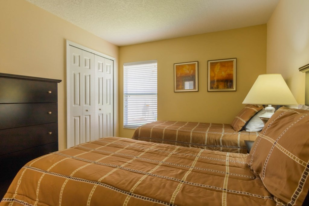 Charming Solana Resort Villa - Bedroom 4 w/ Two Twin Beds