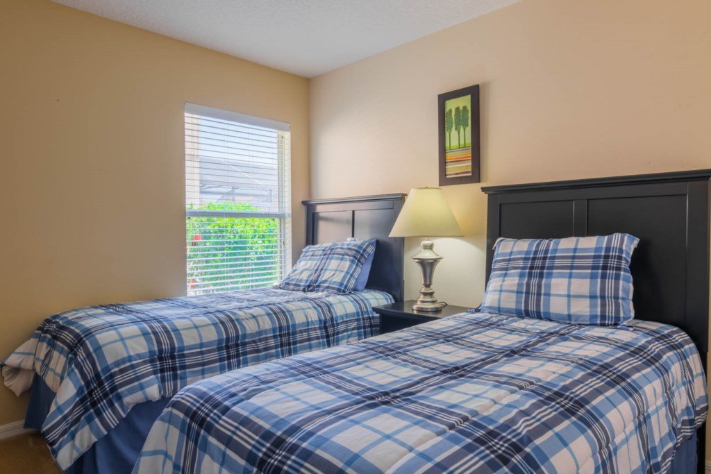 Charming Solana Resort Villa - Bedroom 3 w/ Two Twin Beds