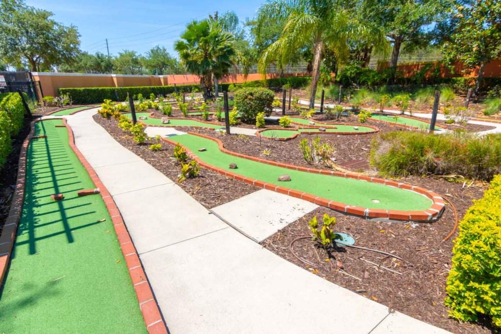Solana Resort - Resort Mini Golf (1)