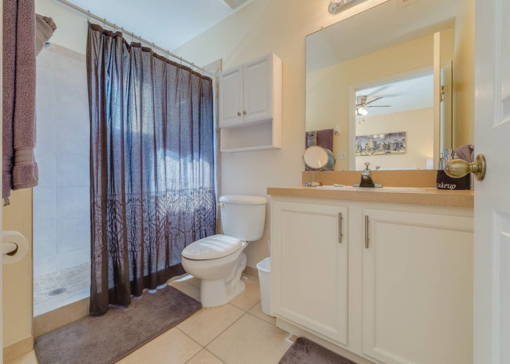 Master Suite Bathroom.jpg