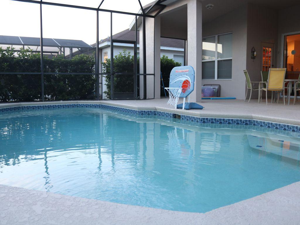 pool area3.jpg