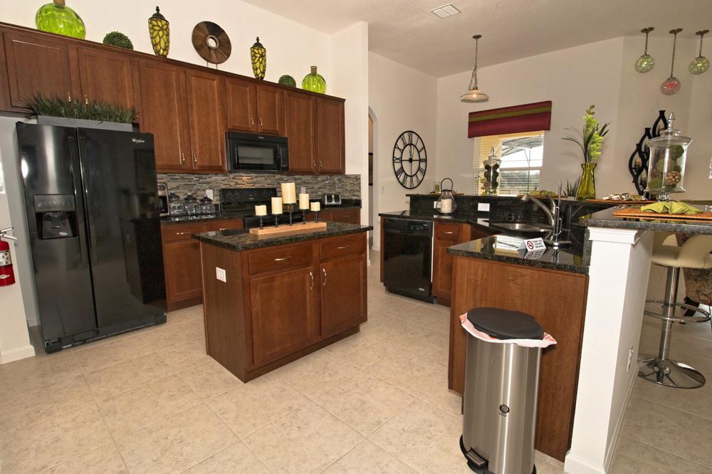 02_High_End_Kitchen_0721.jpg
