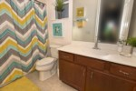 21_Bathroom_0721.jpg