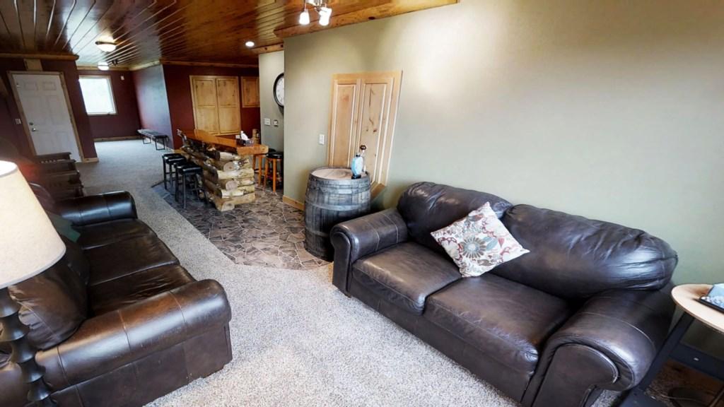 bar-seating-lounge