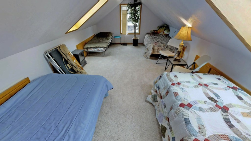 multiple-bed-room
