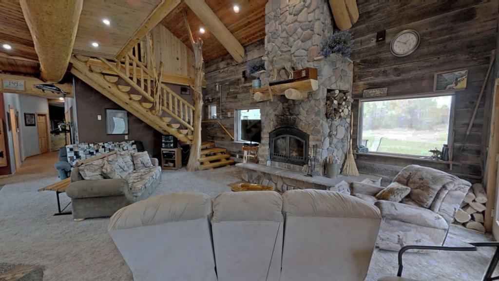 relaxing-living-room