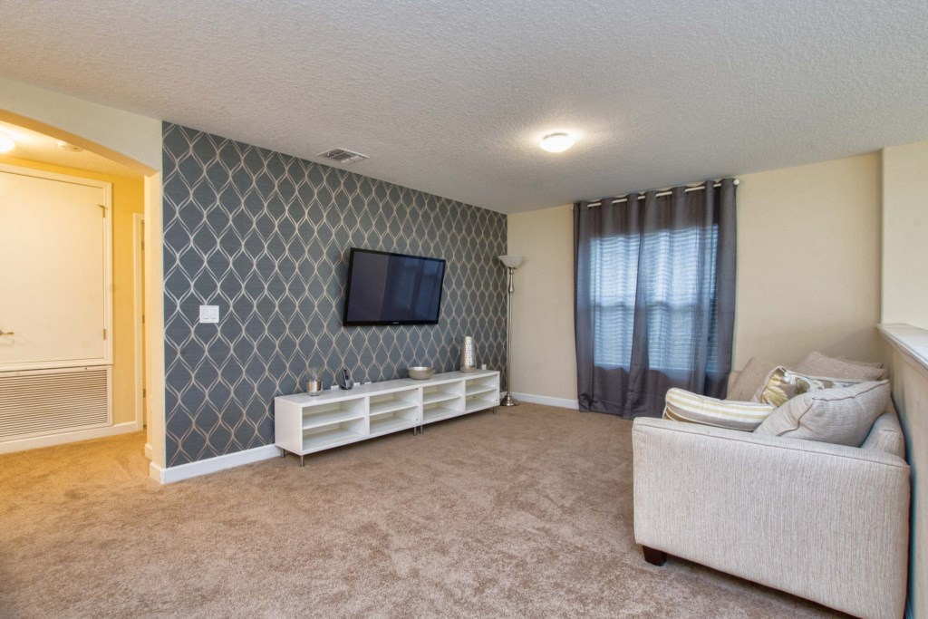 30-Upstairs Family Room.jpg