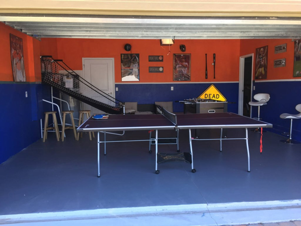 garage games room3.jpg