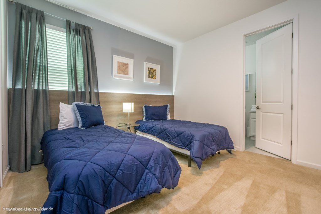 2611Youteville_Bedrooms_Sonoma_09 Kissimmee Vacation homes by Disney Snoma Resort.JPG
