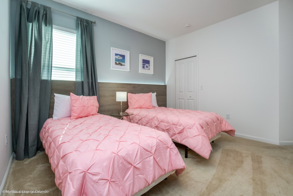 2611Youteville_Bedrooms_Sonoma_21 Kissimmee Vacation homes by Disney Snoma Resort.JPG