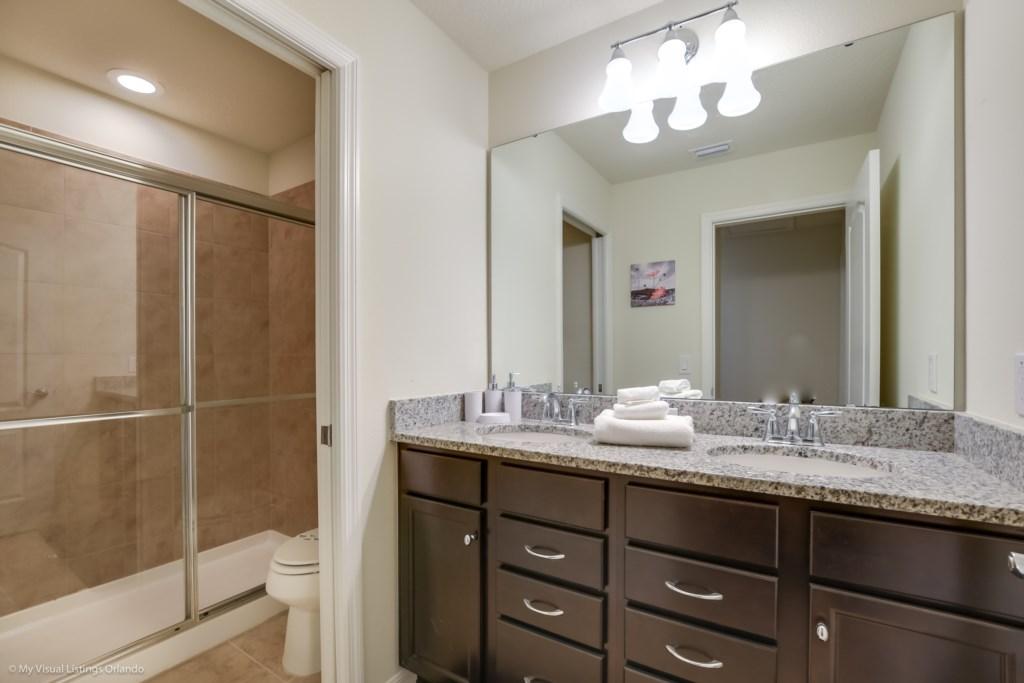 8872QinLoop,WindsoratWestside_43.jpg Windsor at Westsdie Disney Vacation Homes.jpg