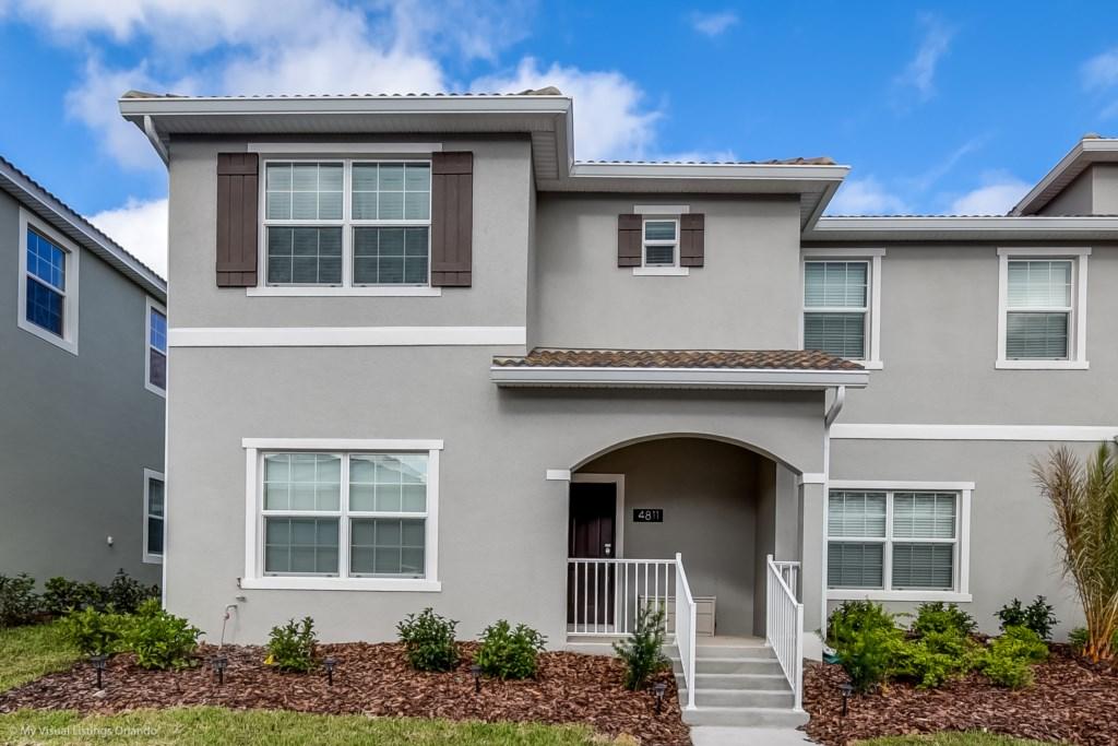 4811LullabyLane,StoreyLake_1 Disney Vacation Homes in Orlando.jpg
