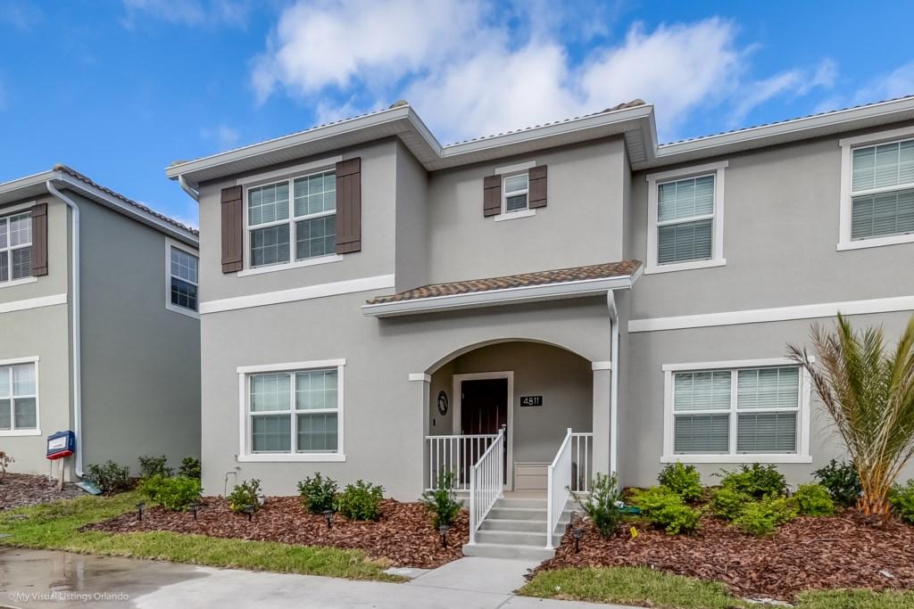 4811LullabyLane,StoreyLake_2 Disney Vacation Homes in Orlando.jpg
