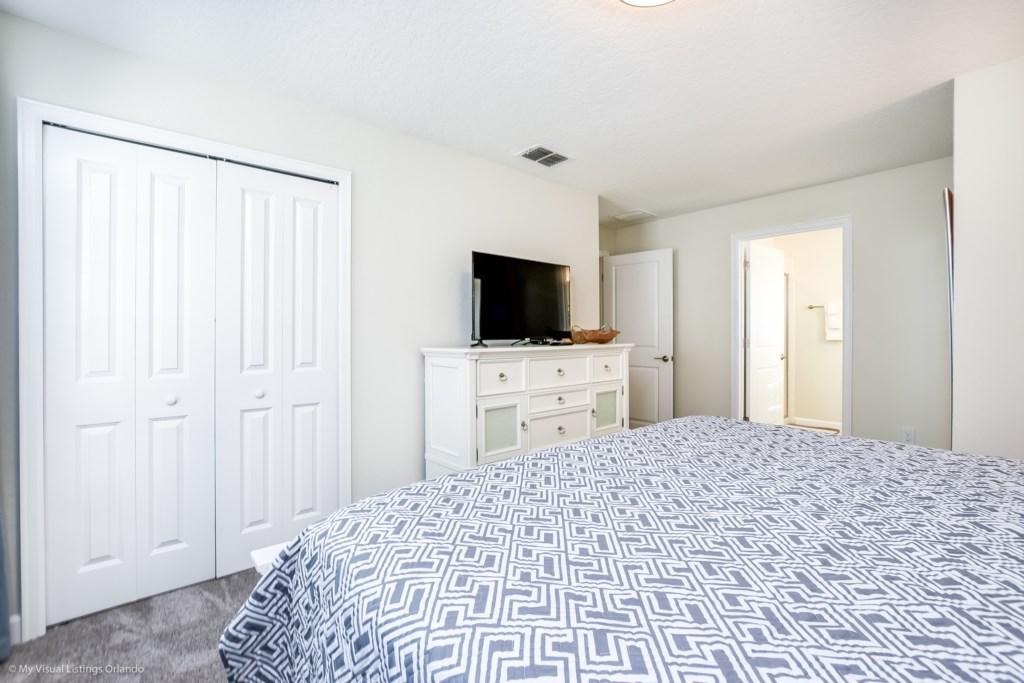 4811LullabyLane,StoreyLake_31 Disney Vacation Homes in Orlando.jpg