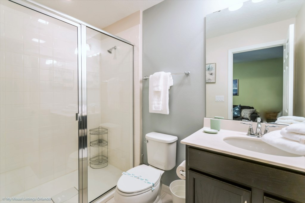 Hall Bath - shares with Loft and Mickey Themed Bedroom