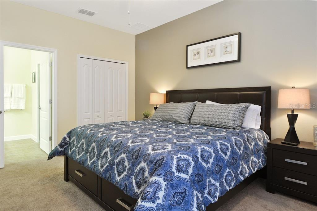 9109 ECL bed2.jpg