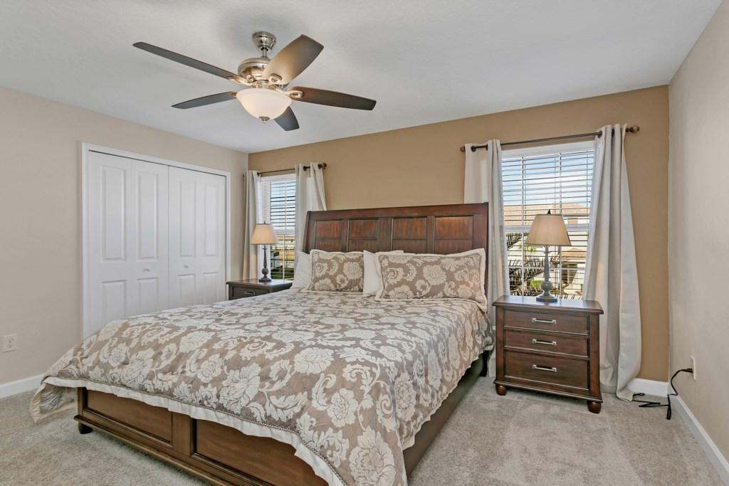 4886RomeoCir,StoreyLake bed1.jpg