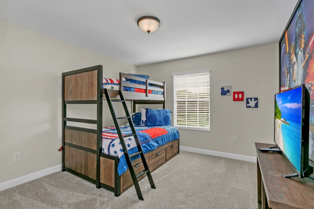 4886RomeoCir,StoreyLake bed2.jpg