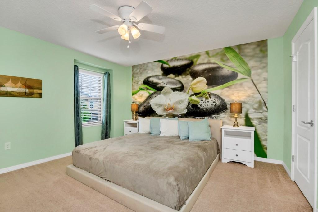 9045RhodesSt,WindsoratWestside bed2.jpg