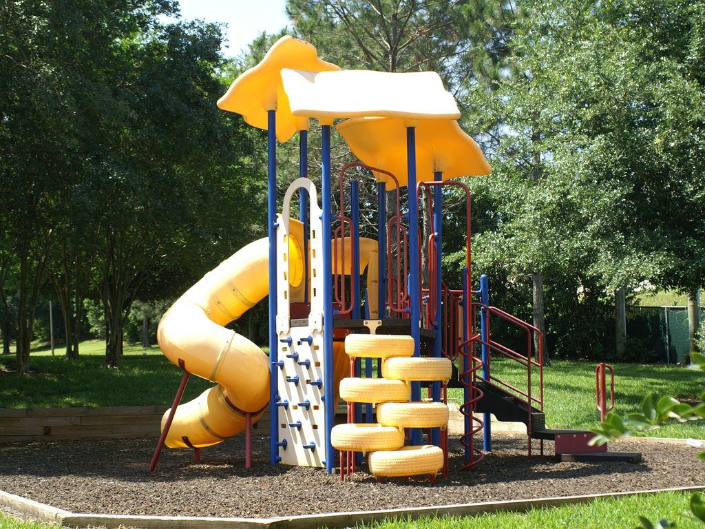 611Lucaya playground.jpg