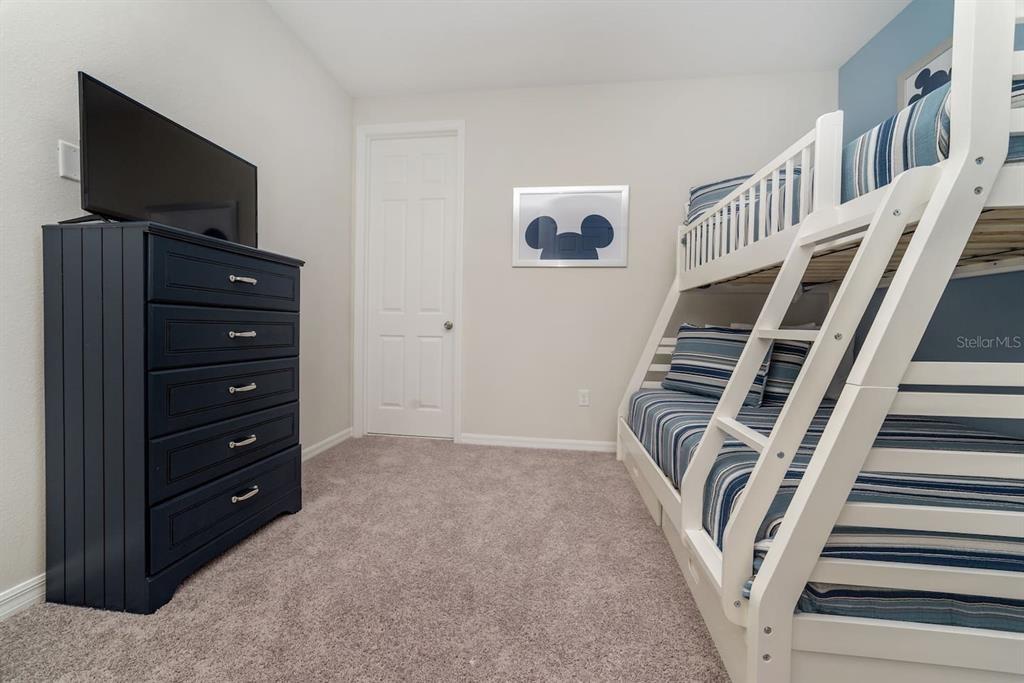 1568NPT bed2-1.jpg