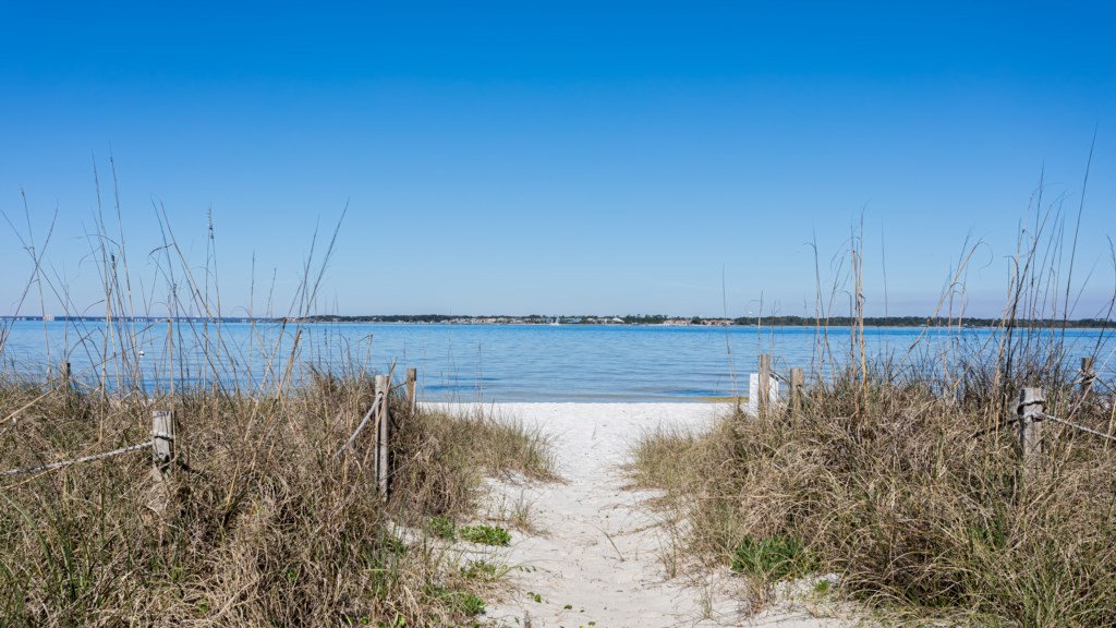 Just steps away from Pensacola Bay on one side and Pensacola Beach on the other
