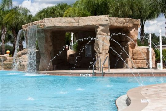 Beautiful townhome with 5 star resort amenities.