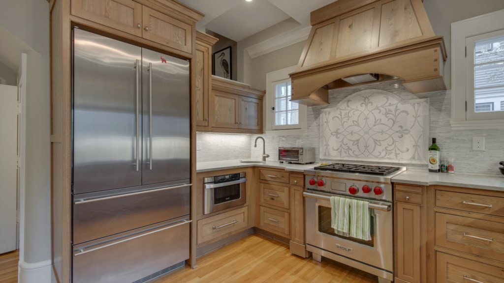 10 large-kitchen-french-door-fridge.jpg