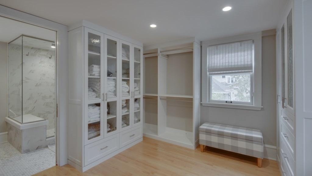 14 master-closet-large.jpg