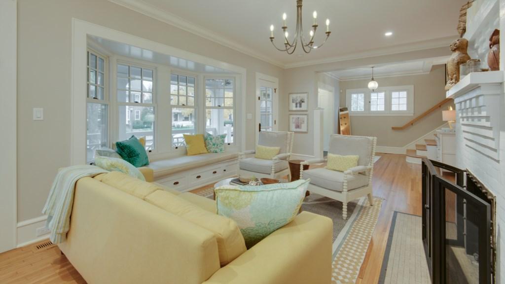 42 living-room.jpg